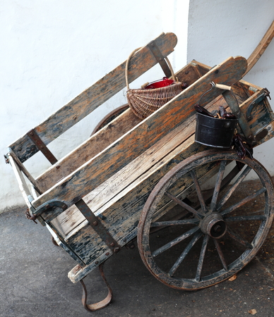 What do pushcarts from the 17th century have to do with driverless cars?