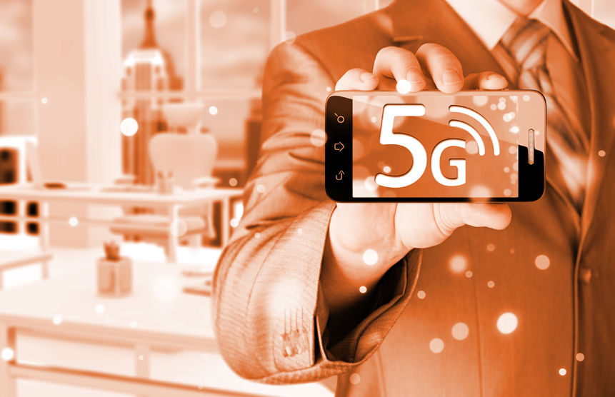 Samsung and Qualcomm are aiming for the first 5G phone on the market. Will they do it?